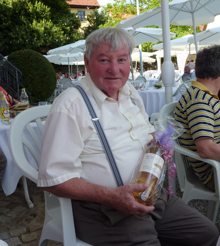 Heinz Strinitz (80zig Jahre) errang den 1. Platz der Senioren.