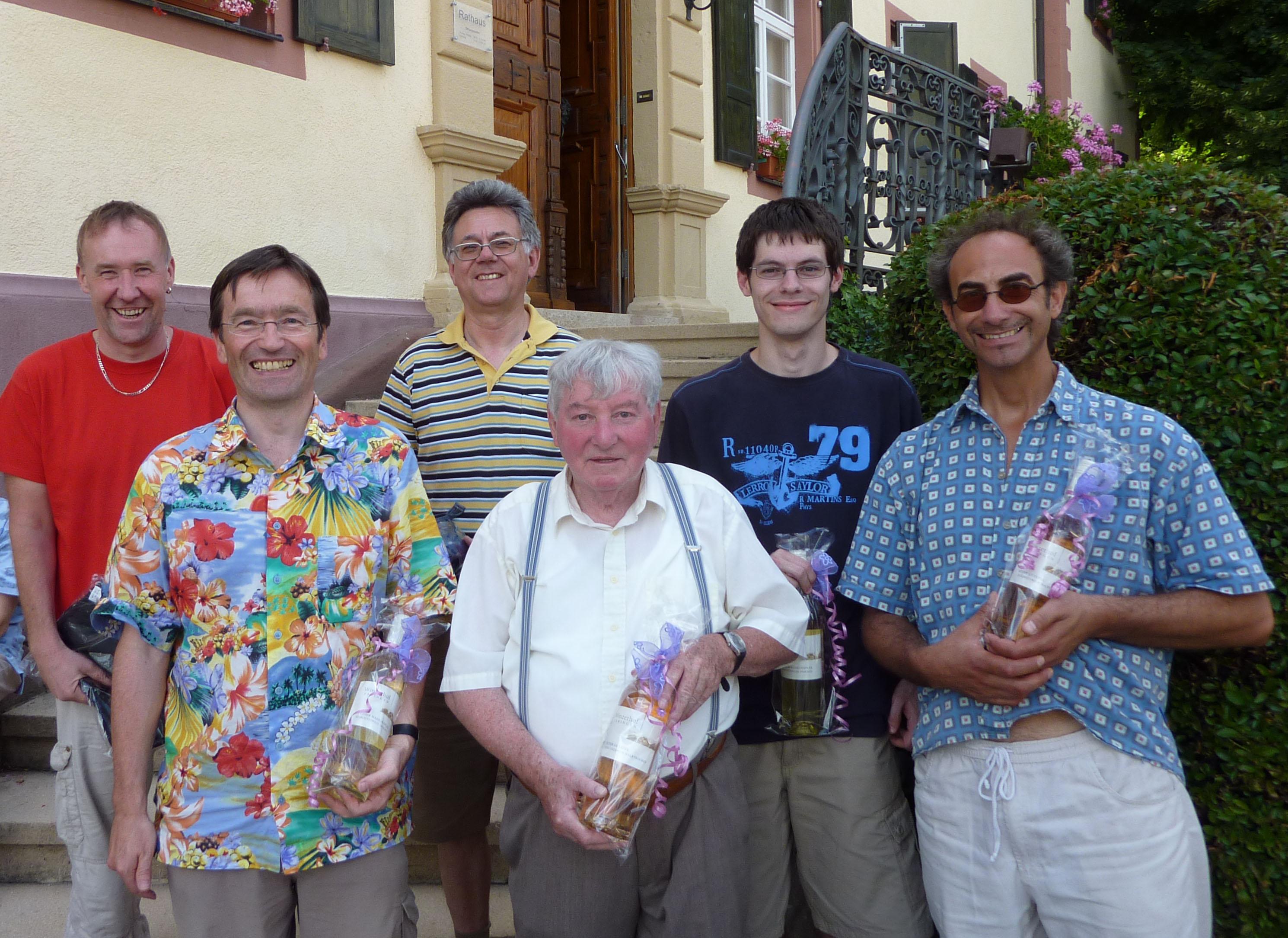 Die glücklichen Preisträger v.l.n.r. Peter Pauk, Bernd Banken, Gerhard Prill, Heinz Strinitz, Daniel Prill und Eddi Kais.